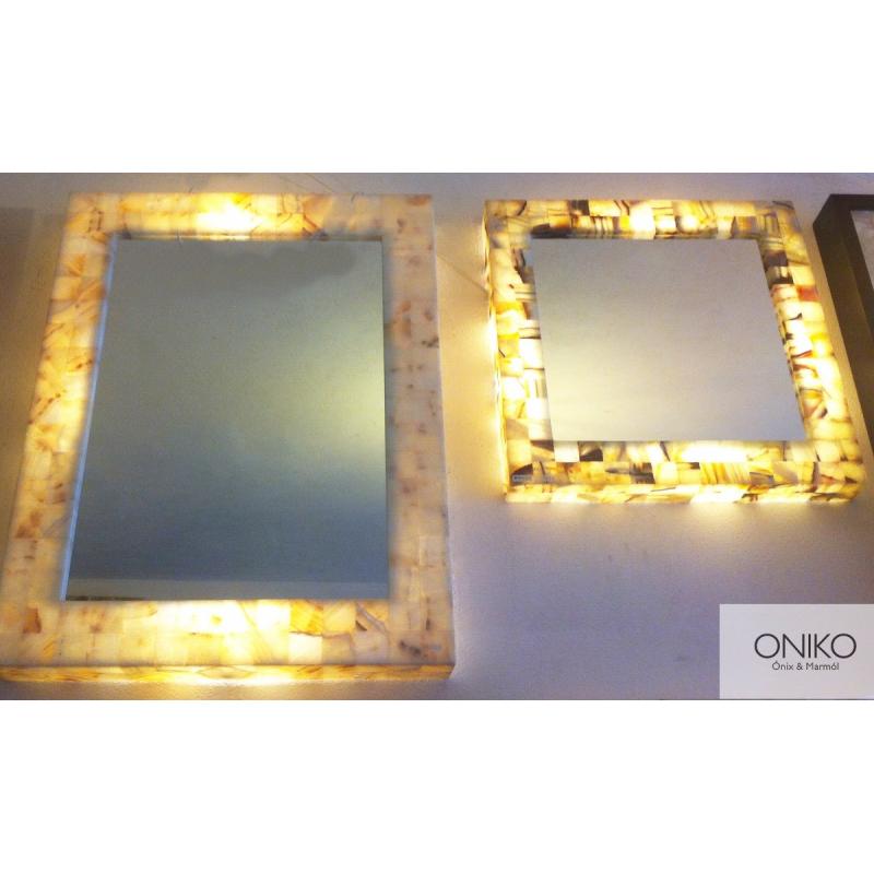 MIRROR ONYX WITH ILUMINATION 60 x 60 cm